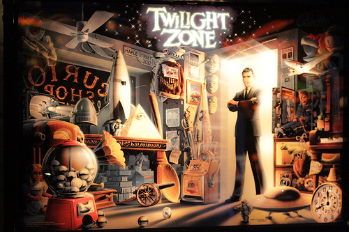 4662419774_3575f9b26d_Twilight-Zone-pinball
